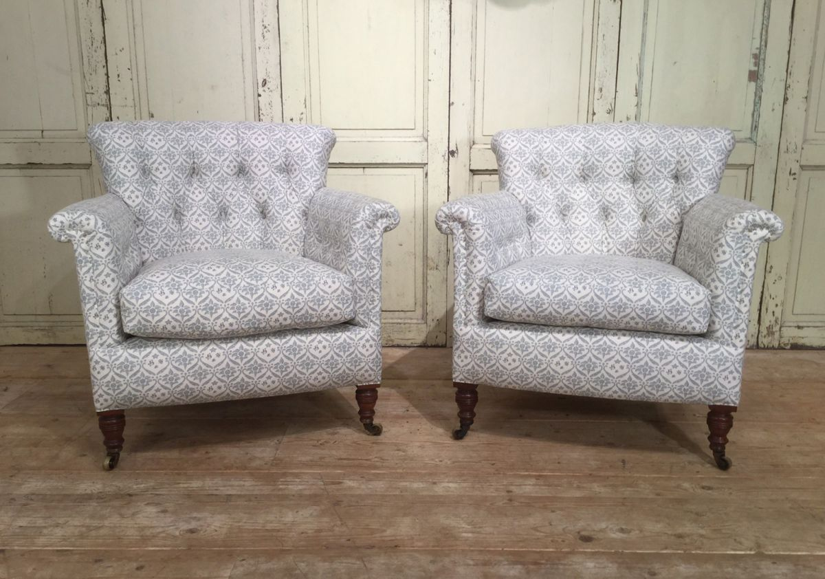 Howard And Sons Woodstock Armchairs Stock Dean